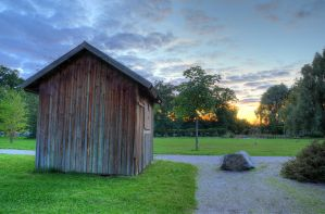 Sunset Shed by HenrikSundholm