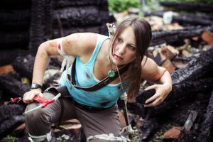 Lara Croft Survivor by OneMorePike