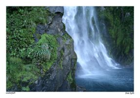 Waterfall, NZ by icclefairy