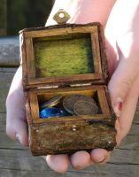 Faerie Treasure Chest 4 by Boggleboy