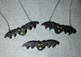 Bat necklaces and hair clip by TashaAkaTachi