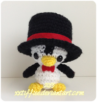 Top Hat Penguin by xxtiffiee