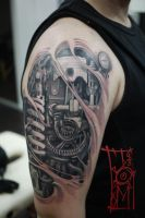 Mechanical arm tattoo by Tomyslav