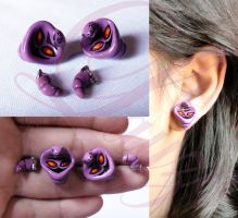 Arbok earrings from Pokemon by laahmichelle