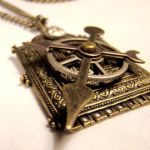 Moving Hand Clockpunk Necklace by SteamSociety