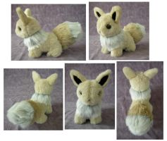 Shiny Teddy Eevee by SarityCreations