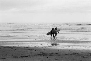 surfers by KDsolo