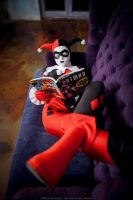 Harley reads by acherry666
