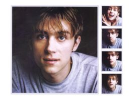 Damon Albarn Wallpaper no.30 by Groteskiprincessa