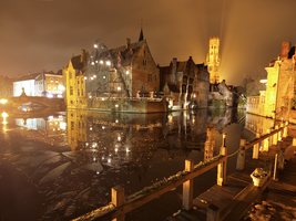 Brugge canals at night by Graid