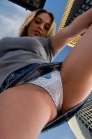 Giantess in the city 17 by lala222221