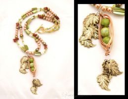 Unusual Peas Necklace by Entophile