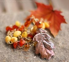 *Oak Leaf* gemstone necklace by Arctida