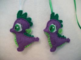 MLP-FiM  Handmade Mini Felt Spike ornaments by grandmoonma