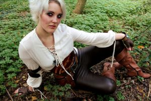 Witcher Ciri Cosplay 20 by Hollow-Moon-Art