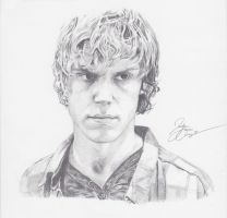 Tate Langdon- Evan Peters by Jazzie560