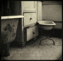 bathroom by d0nasd0gama