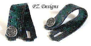 Mystery Bracelet in Green and Black Squares by PurlyZig