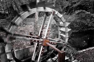 Rusted Water Mill by hrxfab
