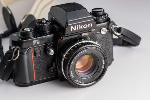 Nikon F3HP by PLutonius