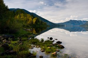 Lake Wenatchee Autumn by LarryRaisch