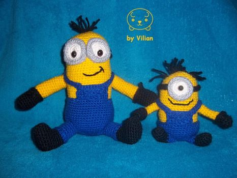 Minions everywhere! Minion amigurumis that is :) by VilDeviant