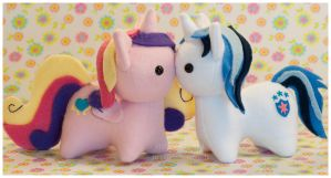 Itsy Cadence and Shining Armor plush by mihoyonagi