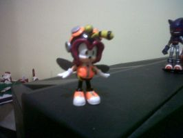 Custom Charmy Bee by Diegichigo