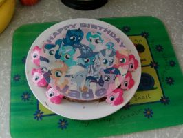 Birthday Cake :D by MochiFairy
