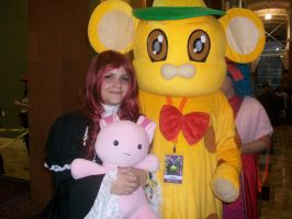 Lolita and Giant Mouse by Blacksinger