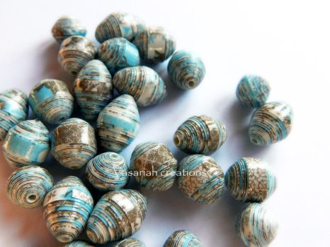 Handmade paper beads by OmbryB