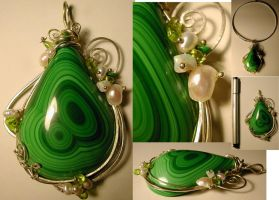 MALACHITE DROP PENDANT by quaraszd