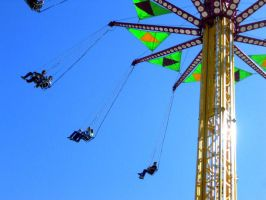 spinny thing at fair by LacedxUnlaced