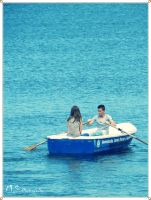 Romance on the boat by moonik9