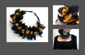 Flower necklace. Leather flora by julishland