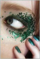 Green Glare II by TehSext