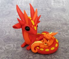 Firey Mama and Baby Dragon by DragonsAndBeasties
