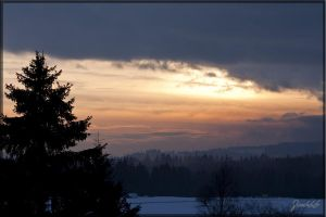 Winter sky by deaconfrost78