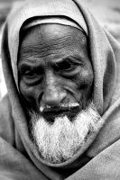 Old man bw 3 by rzaashaa