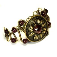 Bracelet - Victorian Era Antique plum button by CatherinetteRings