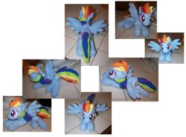 small Rainbow dash by Helgafuggly