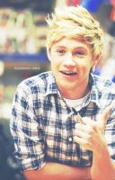 Niall gives thumbs up by Namine24