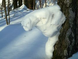 Snow animal head sculpture by gamebalance