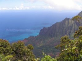 Napali coast by TheDarkPenguin