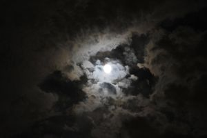 Cloudy Moon5 by Lynxwing