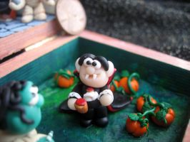 The vampire in the garden of pumpkins! by SelloCreations