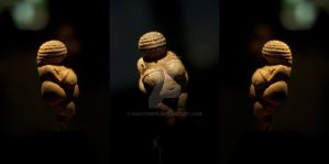 Venus von Willendorf by GaiaTempe