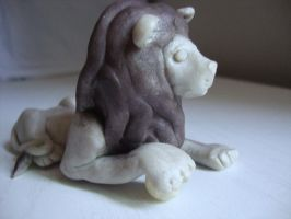 Clay lion by Verymary1