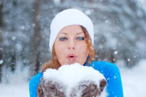 Lidia in Winter 7 by SmileyG