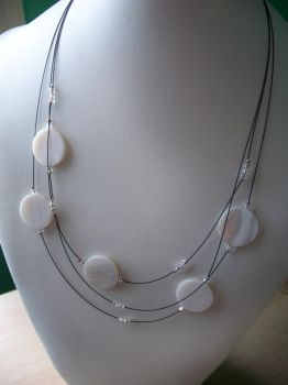 Simple white shell and beads necklace by Meeshah